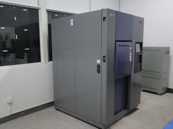 日本爱斯佩克冷热冲击试验箱
